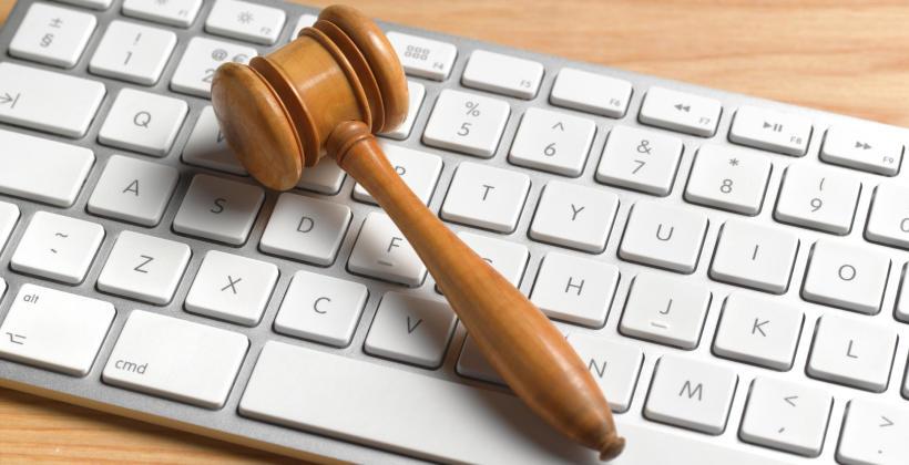 Jak rozwiązywać spory, gdy nie działają sądy?