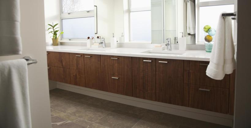 Jak wybrać właściwe meble łazienkowe?