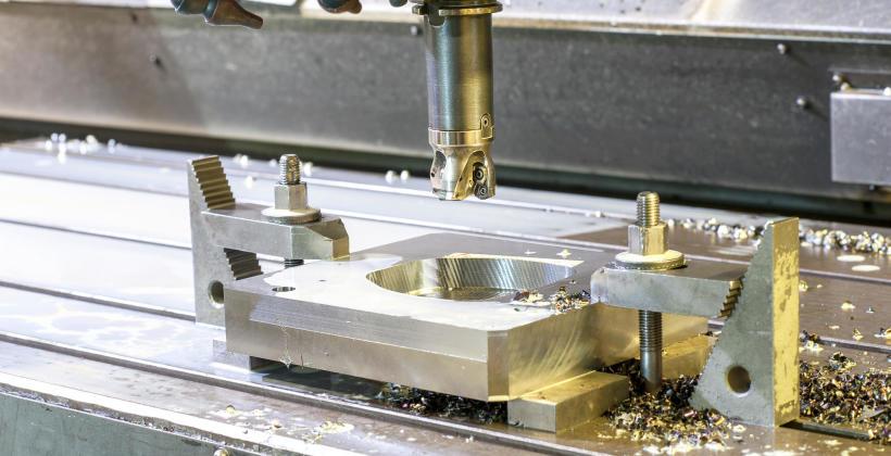 Na czym polega frezowanie metalu?