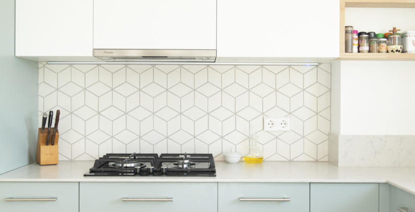 Dekoracyjne szkło lacobel w Twojej kuchni