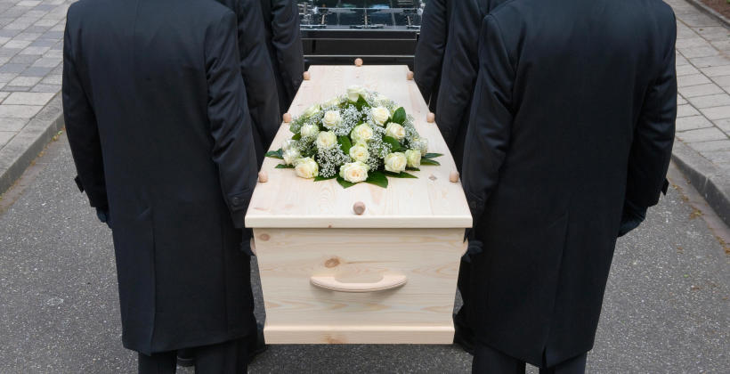 Porządek organizacji pochówków przez zakłady pogrzebowe