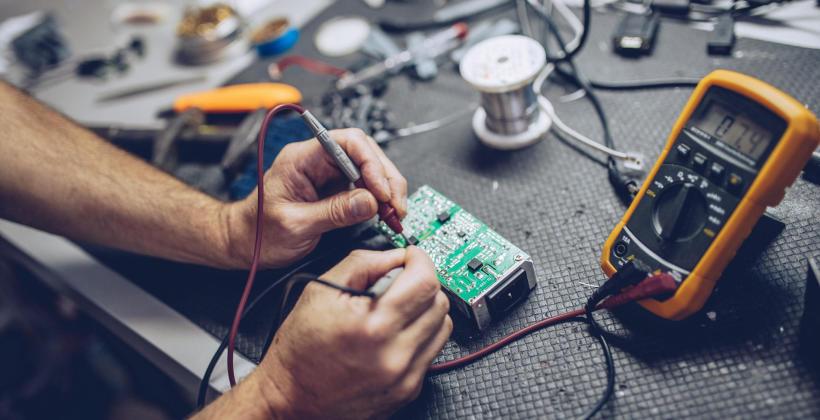 Montaż instalacji elektrycznej - na co należy zwrócić uwagę?