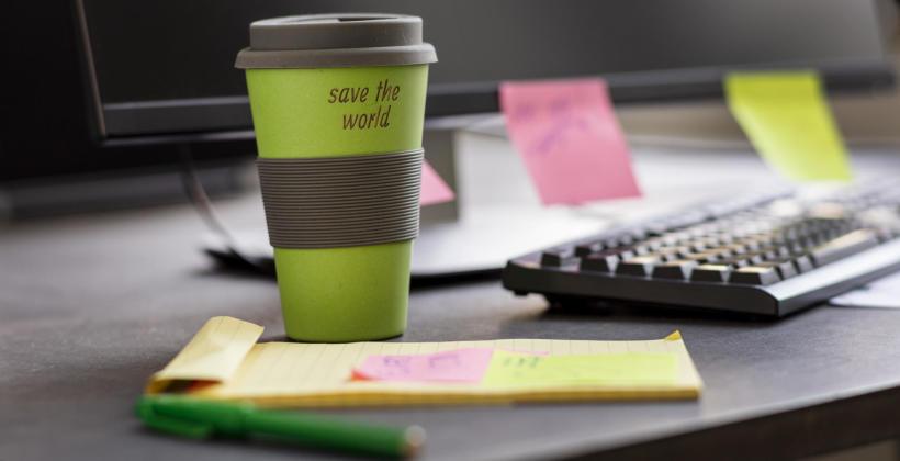 6 ekologicznych rozwiązań, które możesz wprowadzić w biurze