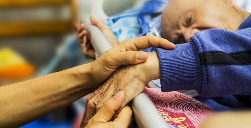 Jak możesz pomóc osobom starszym?