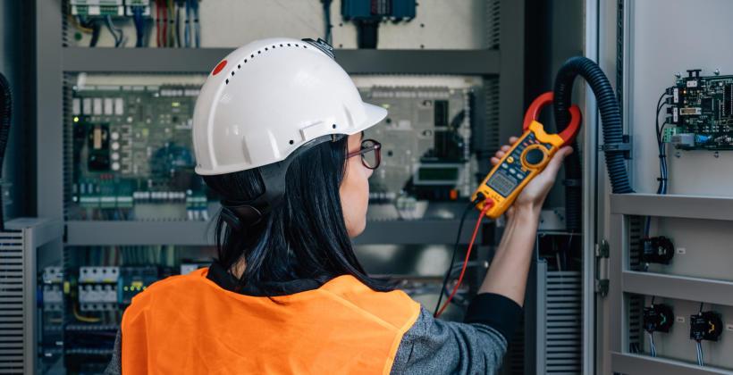 Po co mierzy się parametry sieci elektrycznych?