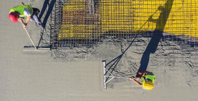 Beton towarowy – definicja, zastosowanie oraz najważniejsze cechy