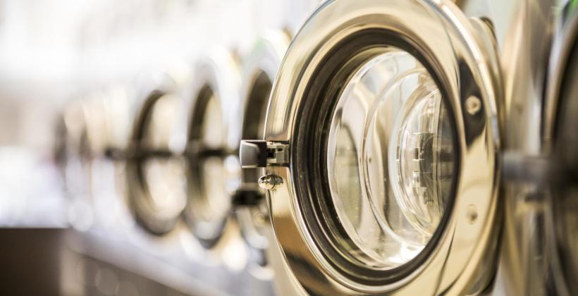 Czym jest i jak działa pralnia wodna?