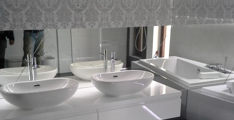 Jak wybrać odpowiednie lustro do łazienki?