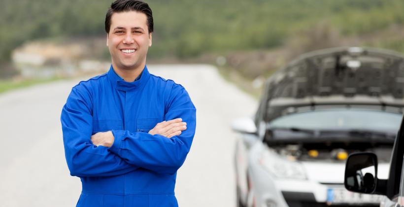 Z jakimi usterkami w aucie upora się pomoc drogowa?