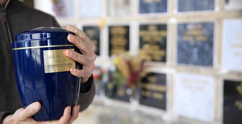 Kremacja a pogrzeb tradycyjny