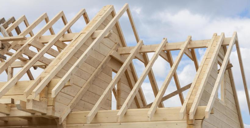 Jakie są rodzaje więźby dachowej?