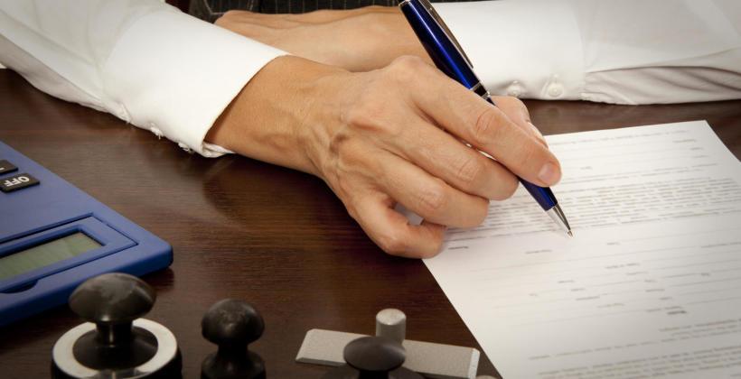 Jak wygląda wizyta u notariusza