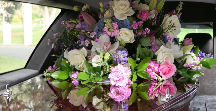 Czym jest florystyka funeralna?