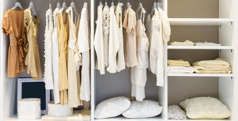 Jak efektywnie wykorzystać wnęki w domu lub mieszkaniu?