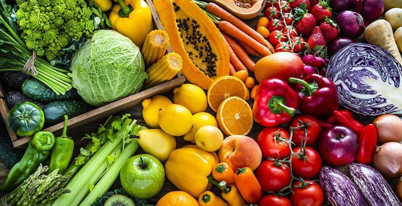 Warzywa i owoce, czyli samo zdrowie. Dlaczego warto je jeść?