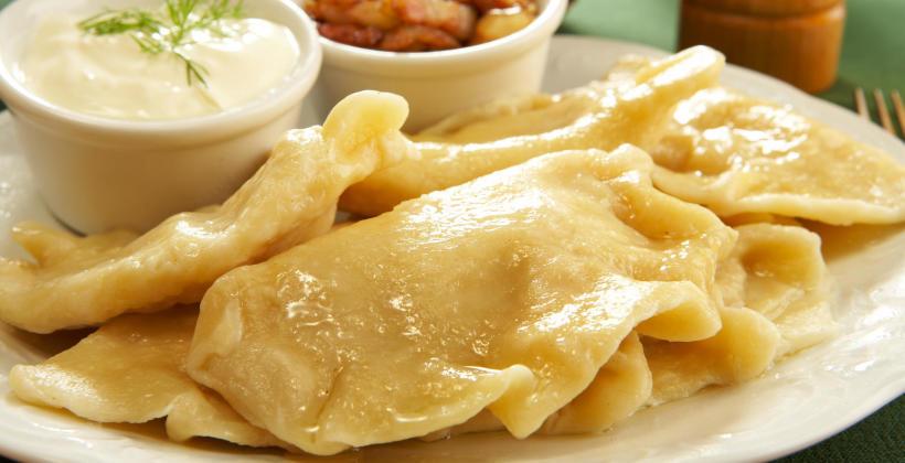 Dlaczego w restauracji warto wybierać dania kuchni polskiej?