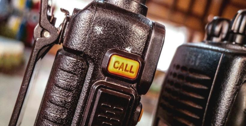 Dlaczego warto korzystać z markowych radiotelefonów?
