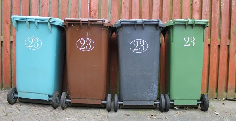 Wymagania prawne dotyczące pojemników do segregacji odpadów