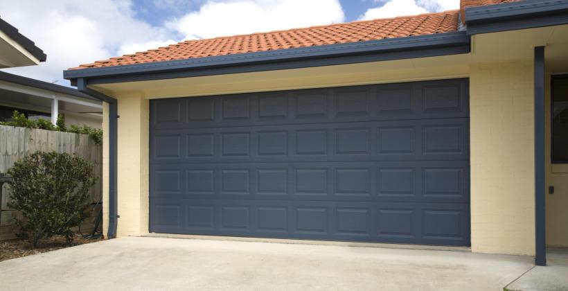Rodzaje bram garażowych - jaka jest najlepsza?