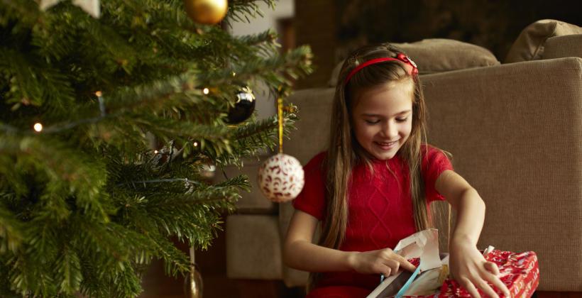 Prezenty świąteczne – co  warto kupić przez Internet?