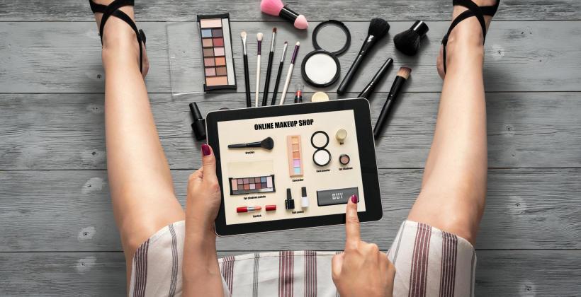 Zakupy kosmetyków - drogeria internetowa, czy stacjonarna?