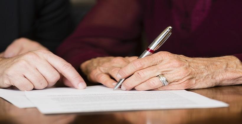 Testament notarialny - czy warto go sporządzić?