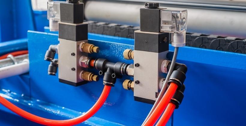 Co zaliczamy do instalacji pneumatycznych?
