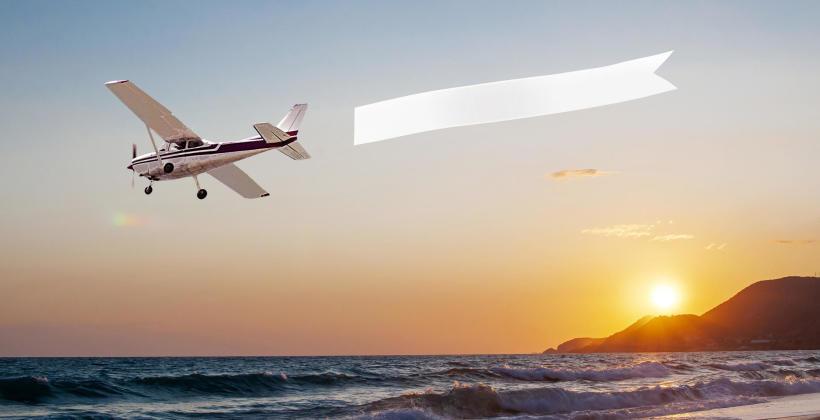 Reklama lotnicza to skuteczny sposób promocji.