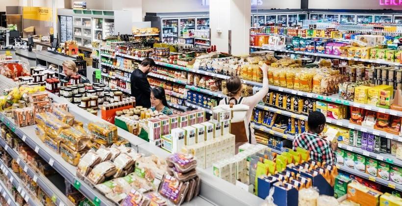 Jak wyeksponować towar w sklepie, by podwyższyć jego atrakcyjność?