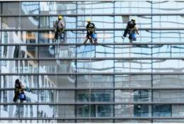 Zawód alpinisty przemysłowego – połączenie przyjemnego z pożytecznym