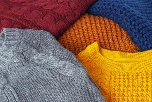 Swetry przetwarzane na szarpankę - poznaj zalety tego rozwiązania!