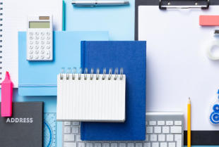 Artykuły biurowe, czyli co jest niezbędne w twoim biurze?