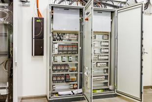 Prefabrykowane szafy sterownicze