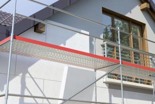Silikonowa czy akrylowa? Jaka farba sprawdzi się podczas malowania elewacji domu?