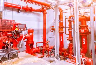 Kiedy stosować przeciwpożarowe instalacje tryskaczowe?