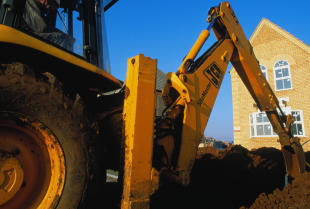 Koparka — niezbędna maszyna na każdej budowie