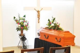 Jak postępować po śmierci bliskiej osoby – przygotowanie pochówku