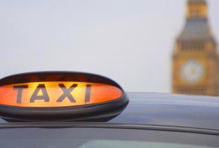 W jaki sposób możemy skorzystać z usług Radio Taxi 919?