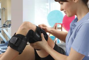 Ortezy kończyn dolnych – właściwości i zastosowanie