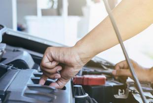 Czym zajmuje się warsztat samochodowy Auto-Mościska Serwis?