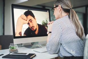 Jakie są zalety psychoterapii w trybie online?