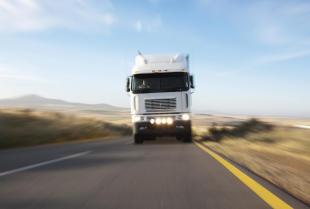 Usługi transportowo – sprzętowe w ofercie firmy Elbud