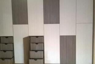 Garderoby i szafy na zamówienie w ofercie firmy Kornik