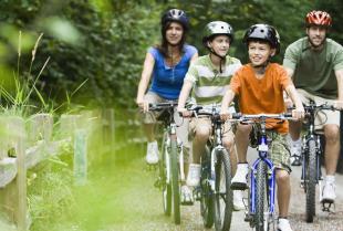 Udaj się na wczasy z całą rodziną – poznaj ofertę Biura Podróży i Turystyki Almatur!
