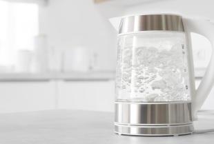 Szybsze gotowanie wody dzięki czajnikom elektrycznym z asortymentu Trans Logics