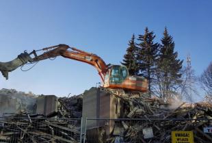 Eljot-Expert   O czym trzeba pamiętać, przystępując do wyburzania obiektów budowlanych?