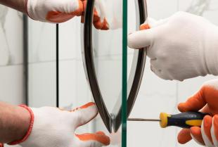 Jakie prace wchodzą w zakres usługi białego montażu?