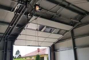 Napęd bramy garażowej – skorzystaj z pomocy specjalistów!