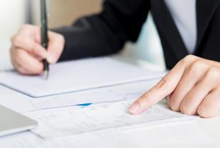 Pomoc biura rachunkowego w prowadzeniu firmy – konieczność, czy zbytek?