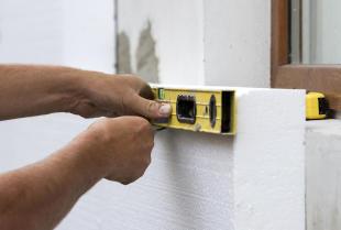 Tynki i styropian podstawowymi materiałami budowlanymi